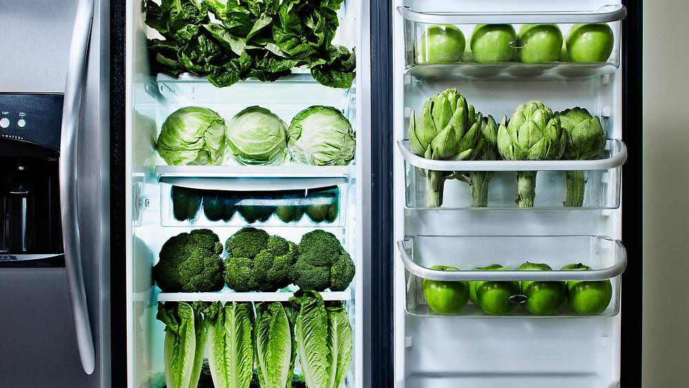 8 Scarily Organized Refrigerators