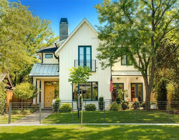 Modern Farmhouse exterior in Denver, CO