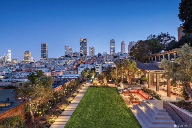San Francisco, CA hilltop mansion exterior