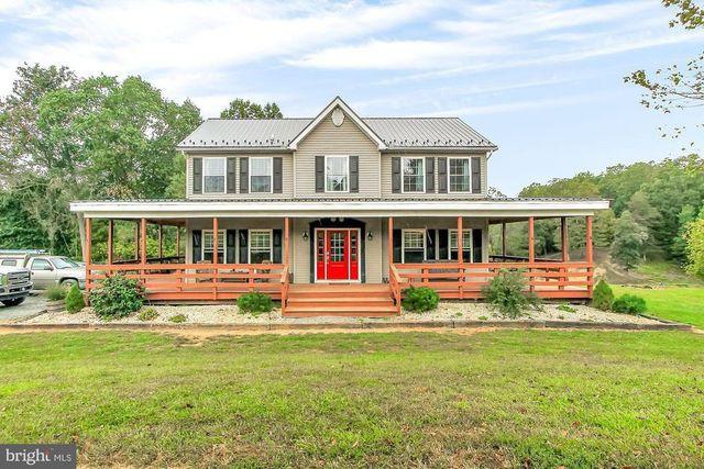 FElton PA horse farm house