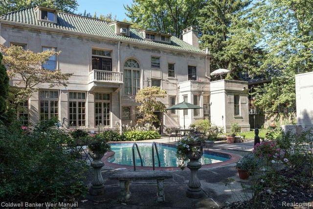 Detroit, MI Kemper house