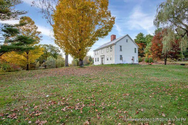 Colonial home in Buckfield, ME