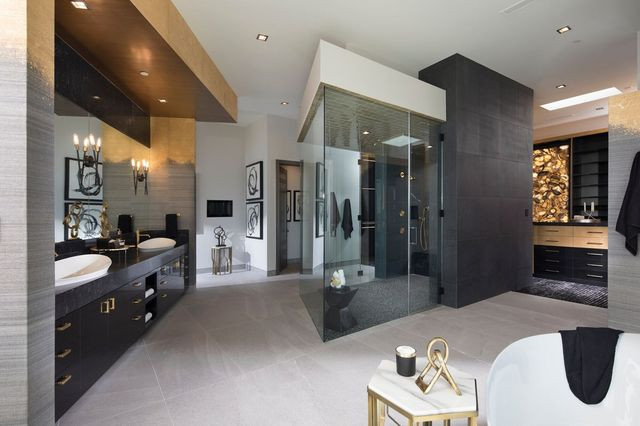 Master bathroom, New American Home 2019