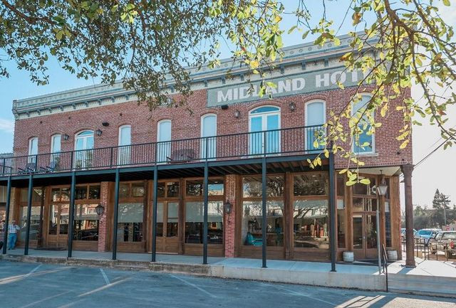 chip and joanna gaines hotel