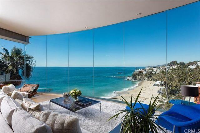 glass house in Laguna Beach, CA