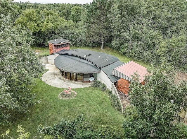 mod cured house in Hartford, WI
