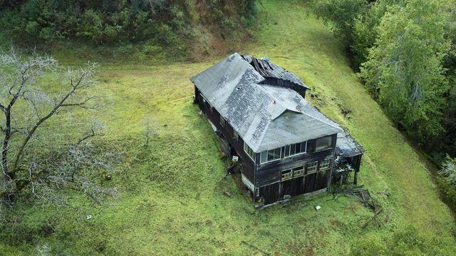 Los Gatos. CA abandoned house