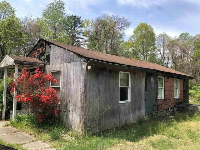 abandoned home in Mays Landing, NJ