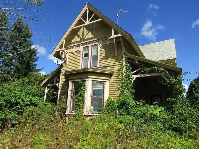 Victorian in Ashby, MA