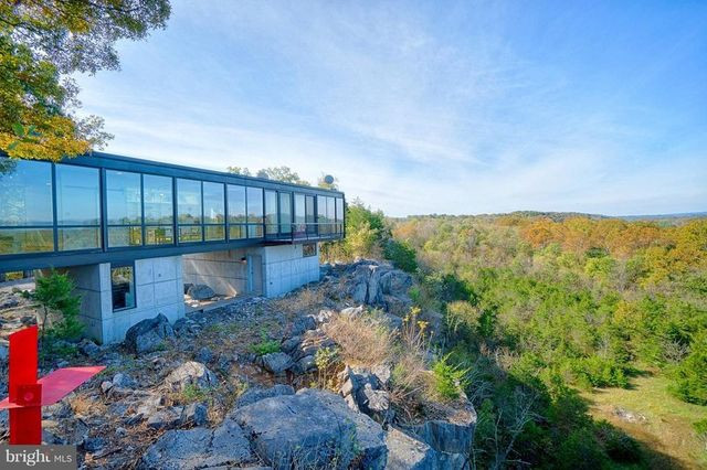 West Virginia glass house