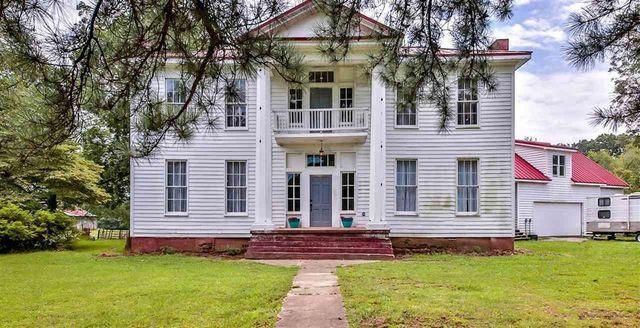 1800s house in Somerville, TN