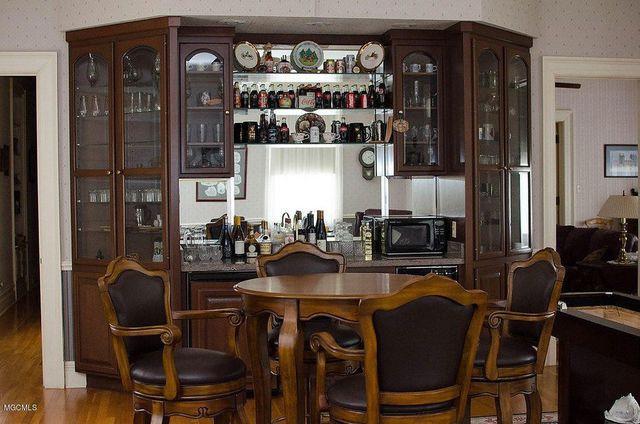 Monroe House bar