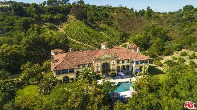 Beverly Hills, CA Vanna White estate