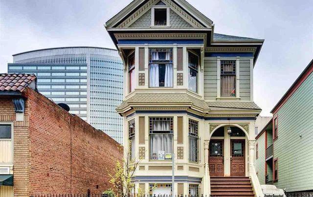 Uptown (Oakland, CA)