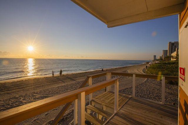 Hallandale Beach is halfway between Miami and Fort Lauderdale.