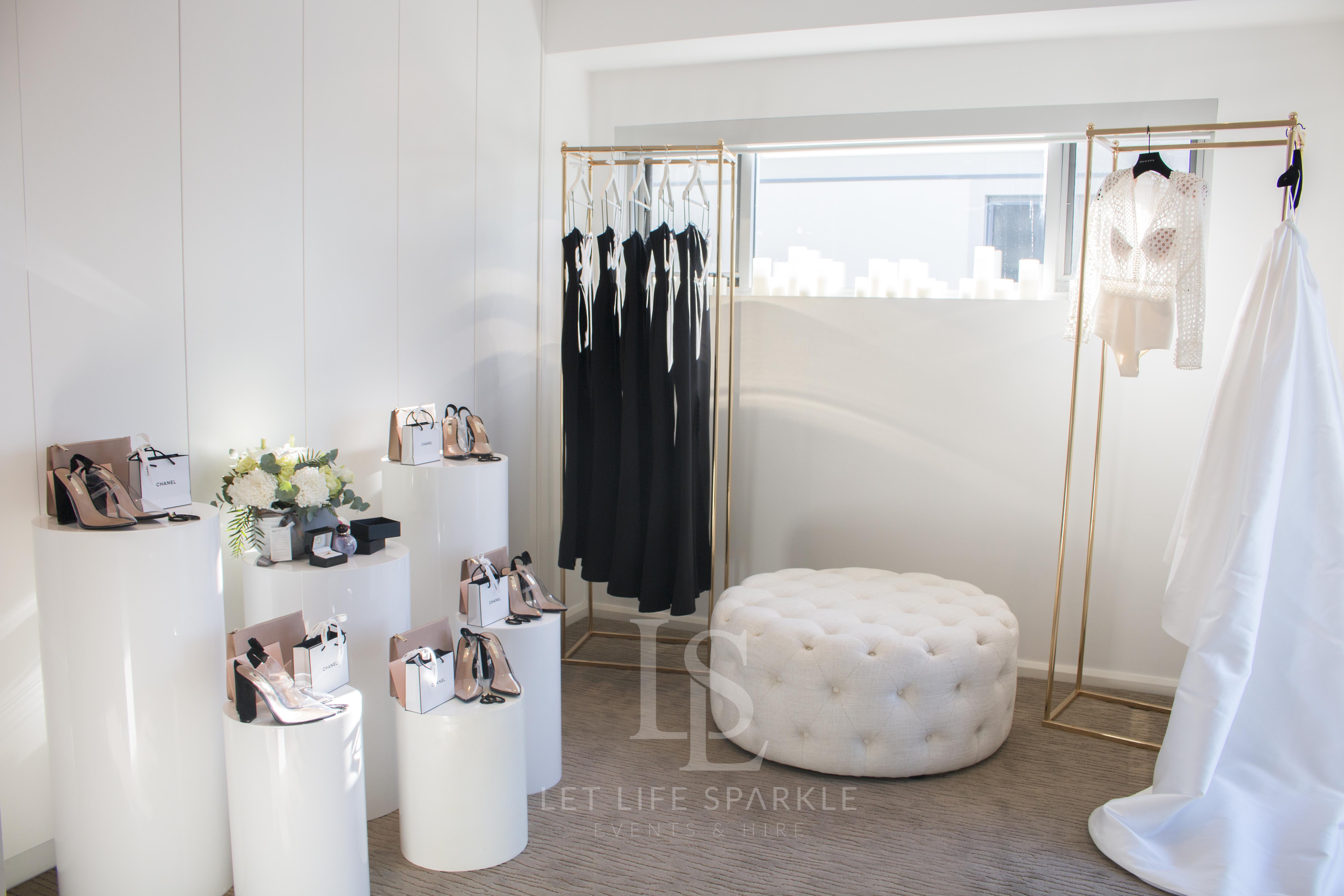 Black and Gold Bridal House Room Setup