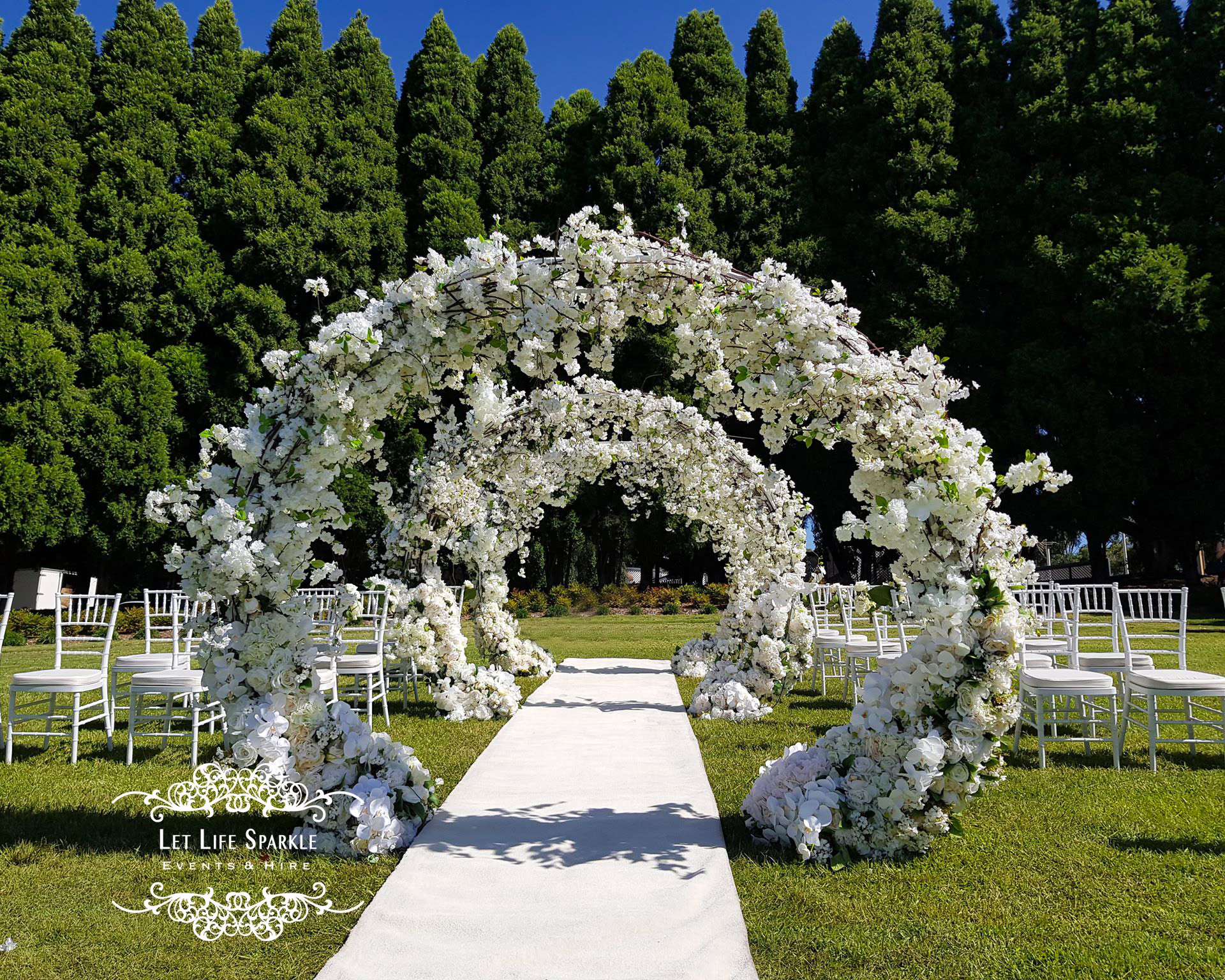 Snow White Ceremony Arch Package