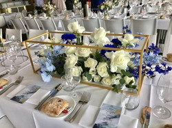 Gold Rectangle Centrepiece Stand