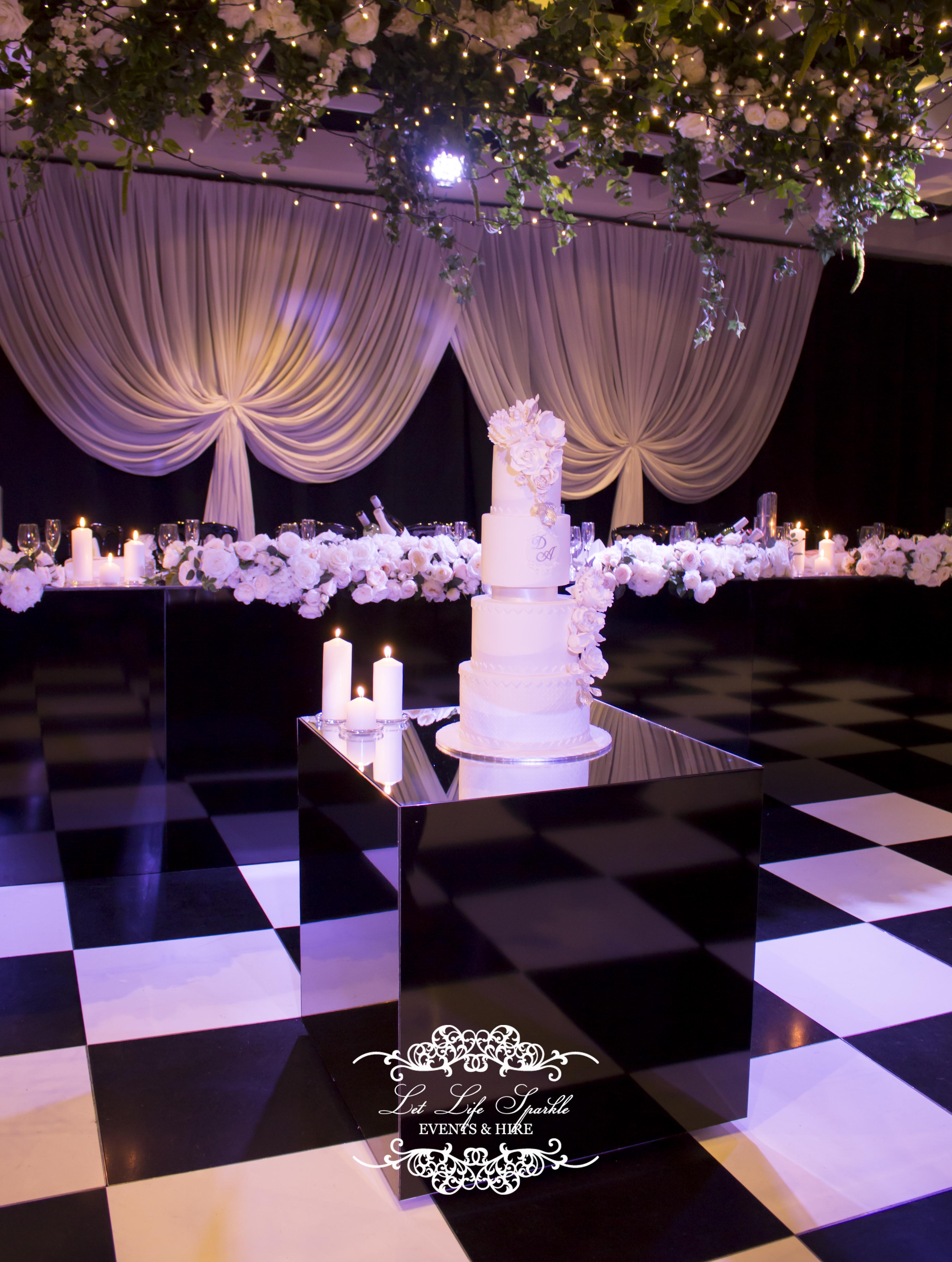 Black Cube Cake Table