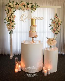 White Gloss Round Cake Table White Flora
