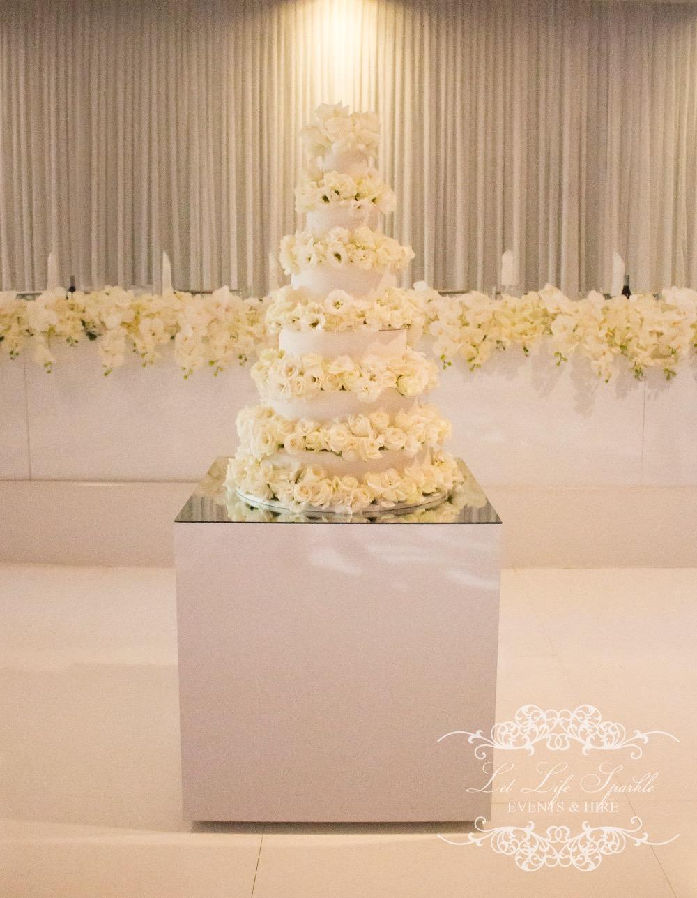 White Gloss Cake Table2_edited