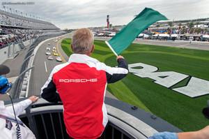 2017 Rolex24 At Daytona Official Starter