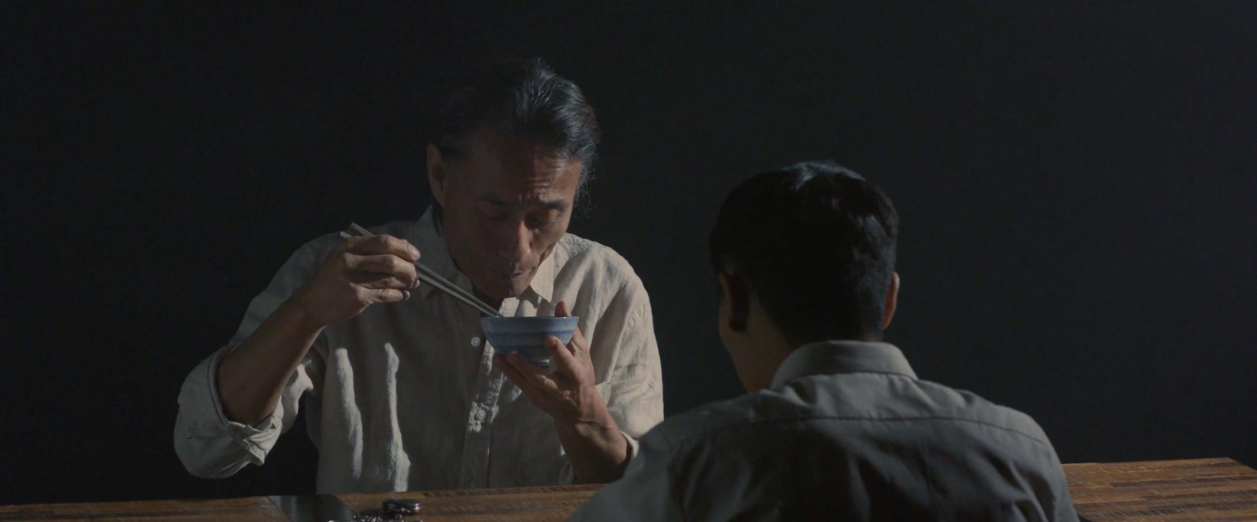 Fukuichi and Shinji Mikamo eat breakfast, pre-bomb on August 6th, 1945