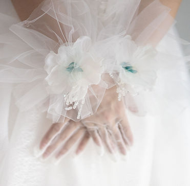 Joy's Brida Collction wedding accessories White Floral Tulle Gloves