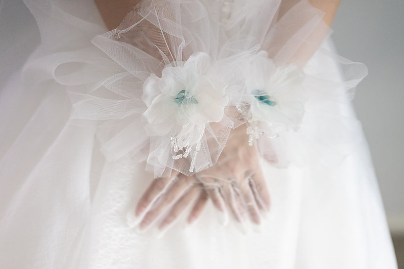 Floral Tulle Gloves