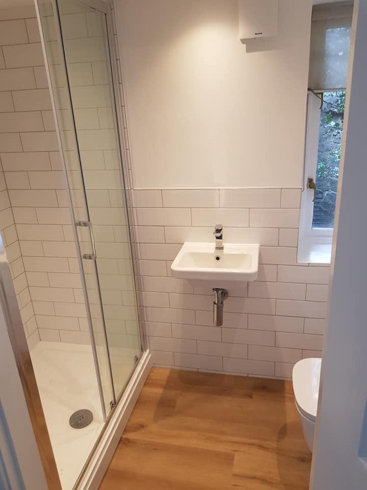 Bathroom (7).jpg