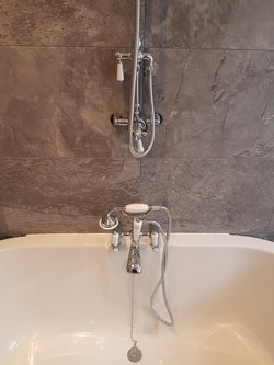 Bathroom (28).jpg