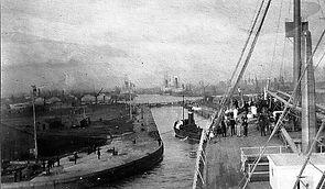 Tilbury Harbour, London in 1900s