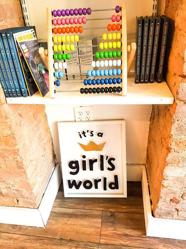 It's a Girl's World