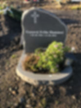Gunnvá Fríða Hammer, gravsteinur, gravsteinar, gravsten, gravestone, føroysk framleiðsla, føroyskt, føroyar, faroe islands, fgv, føroya grótvirki, north atlantic basalt, basaltart, basalt, stone, rock, skopun