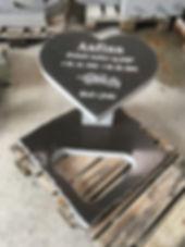 Anfinn, gravsteinur, gravsteinar, gravsten, gravestone, føroysk framleiðsla, føroyskt, føroyar, faroe islands, fgv, føroya grótvirki, north atlantic basalt, basaltart, basalt, stone, rock, skopun