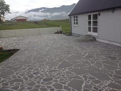 Flísar, føroysk framleiðsla, føroyskt, føroyar, faroe islands, fgv, føroya grótvirki, north atlantic basalt, basaltart, basalt, stone, rock, skopun