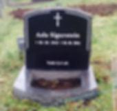 Asla Sigurstein, gravsteinur, gravsteinar, gravsten, gravestone, føroysk framleiðsla, føroyskt, føroyar, faroe islands, fgv, føroya grótvirki, north atlantic basalt, basaltart, basalt, stone, rock, skopun