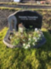 Ámundur Vesturklett, gravsteinur, gravsteinar, gravsten, gravestone, føroysk framleiðsla, føroyskt, føroyar, faroe islands, fgv, føroya grótvirki, north atlantic basalt, basaltart, basalt, stone, rock, skopun
