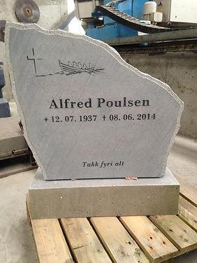 Alfred Poulsen, gravsteinur, gravsteinar, gravsten, gravestone, føroysk framleiðsla, føroyskt, føroyar, faroe islands, fgv, føroya grótvirki, north atlantic basalt, basaltart, basalt, stone, rock, skopun