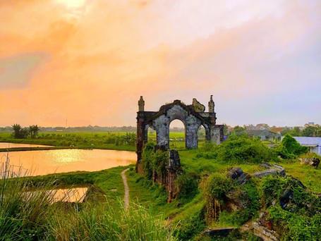 Nam Dinh Ruined Church 廃墟の教会