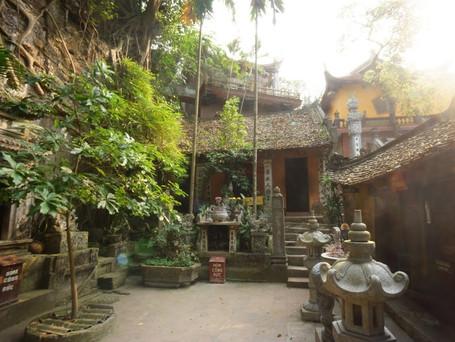 水上人形劇発祥の地 タイ寺