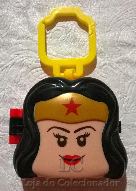 Mulher-maravilha - brinde do McDonalds - Uma aventura lego 2