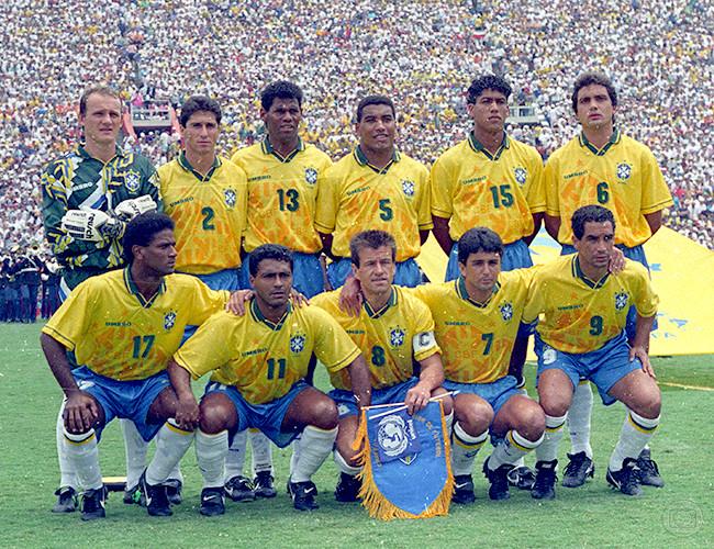 Fonte: https://www.cbf.com.br/selecao-brasileira/noticias/selecao-masculina/brasil-conquista-o-tetracampeonato-mundial-em-17-de-julho-de-1994