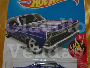 Carrinho 66 Ford 427 Fairlane - Hot Wheels