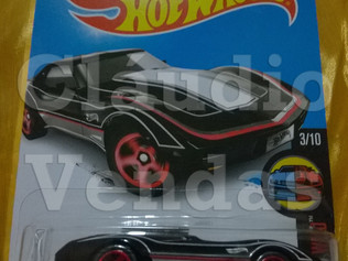 Corvette Stingray - Hot Wheels