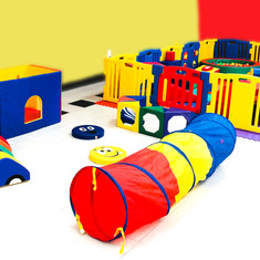 Soft Play Area with Tunnel