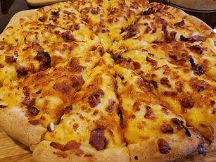 Mac n Cheese Pizza.jpg