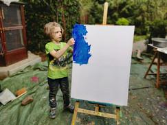 Maddox beim Malen