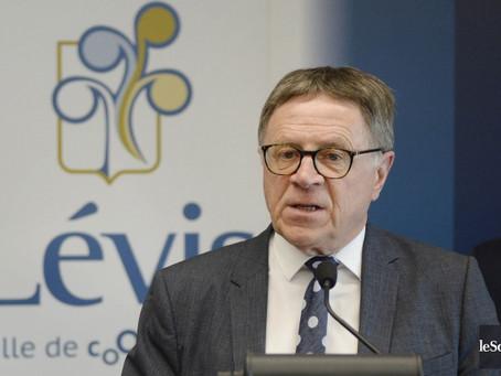 Harcèlement: le maire de Lévis a «la conscience tranquille»
