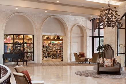 Gallery-Hotel_Hotel-LobbyGiftShop.jpg